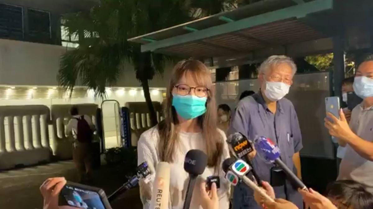 アグネス・チョウ(周庭)の釈放会見内容。拘束中は欅坂46「不協和音」に救われる
