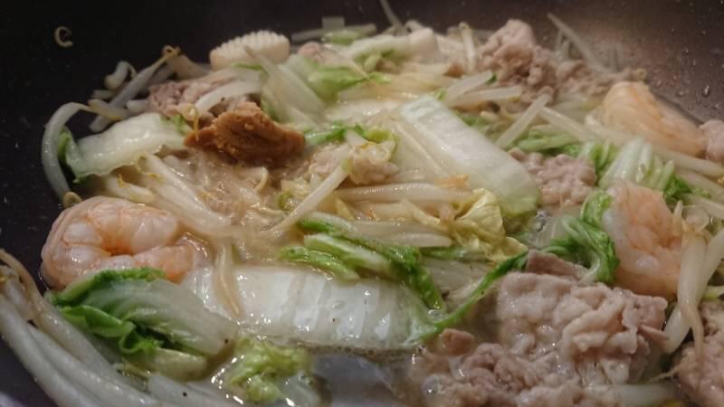 海鮮ウェイパーで海鮮中華丼を作っている画像2